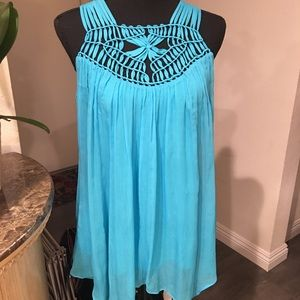 Long Style Relaxed Flowing Top